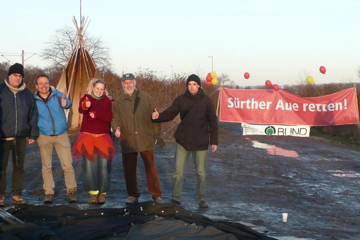 2009: Aktion gegen den Ausbau des Godorfer Hafens.